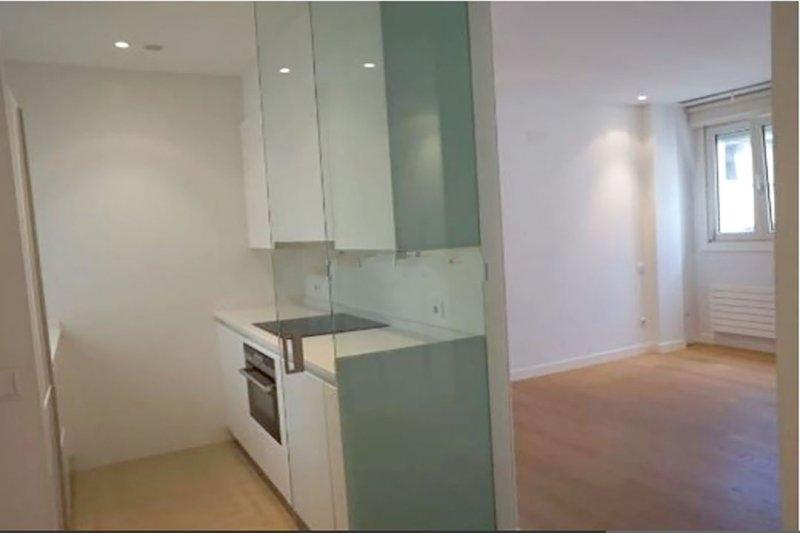 Apartamento | Calle San Marcial | Centro | ve-1117